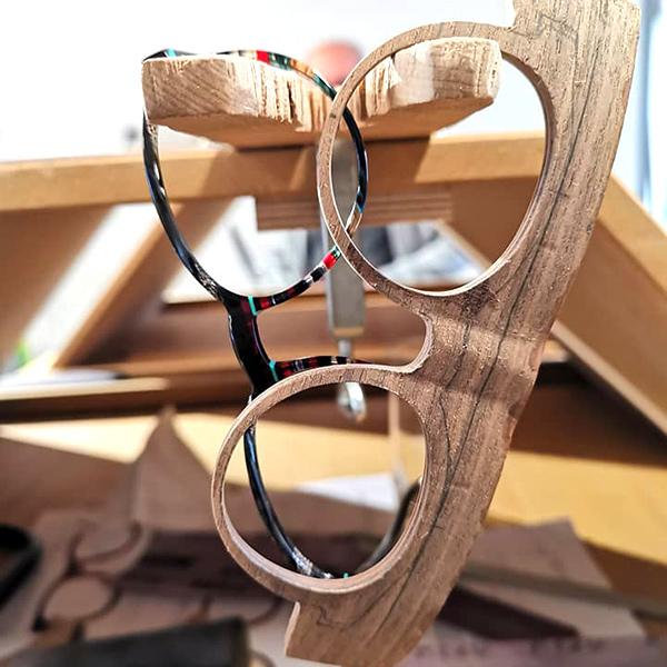 """""""Handmade"""" Holzbrillen bei Wagner Optiker #5"""